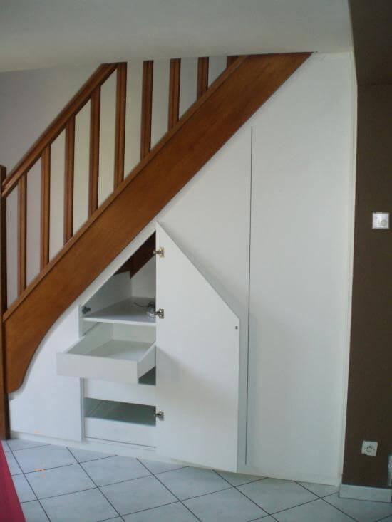 Placard sous-escalier